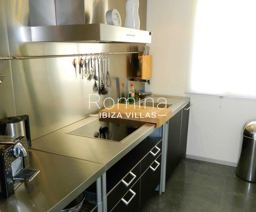 apto bellas vistas ibiza-3zkitchen