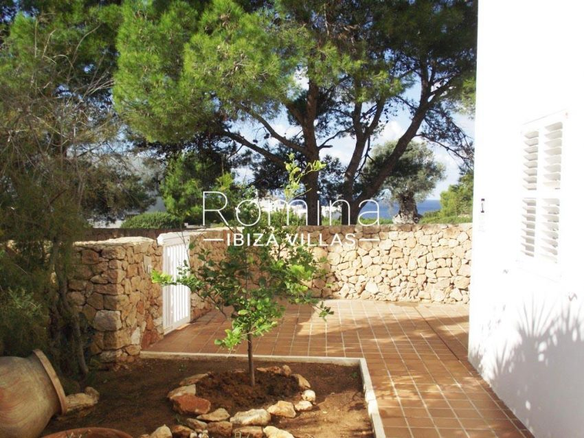aptos calo mar-1sea view garden terrace
