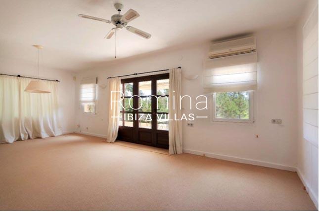 casa sienna ibiza-3living room2