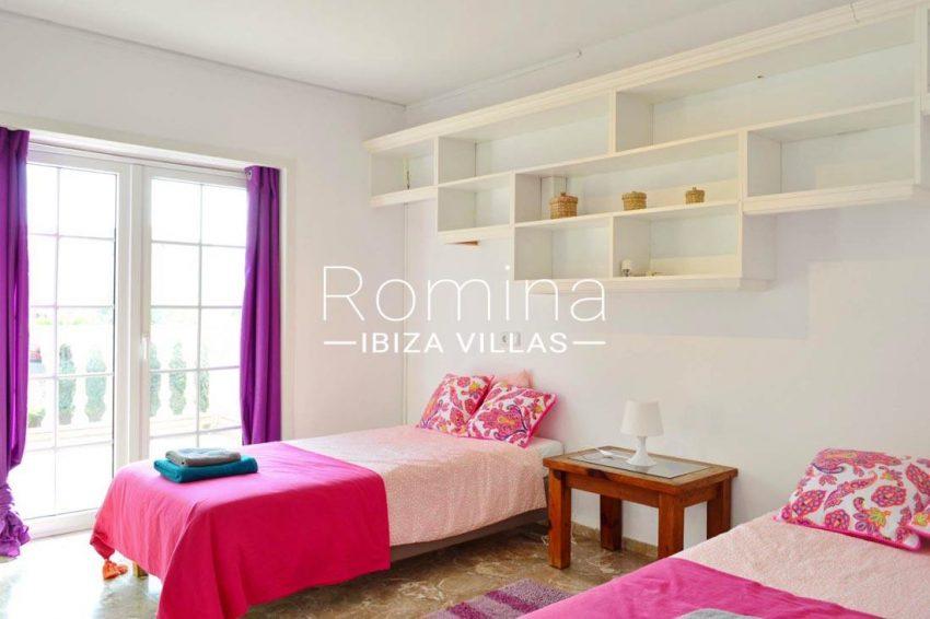 villa elora ibiza-4bedroom twin