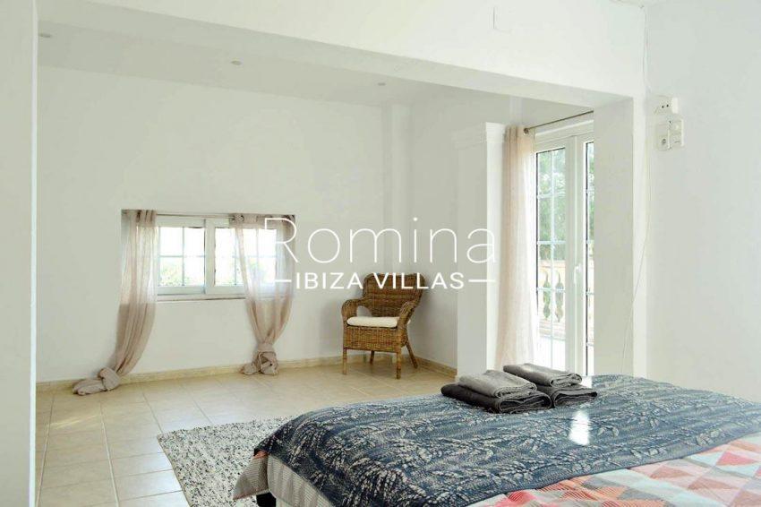 villa elora ibiza-4bedroom1