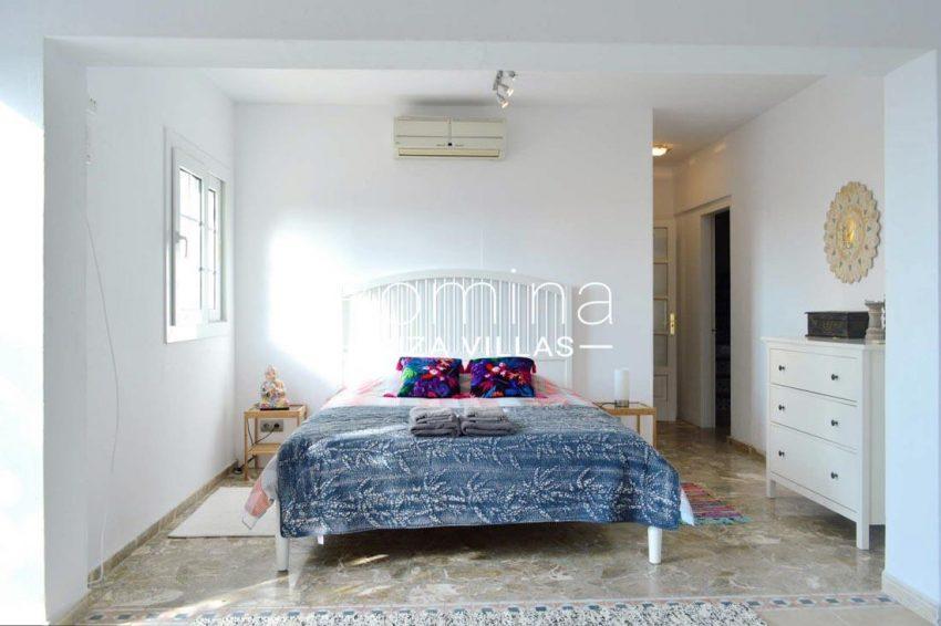 villa elora ibiza-4bedroom1bis