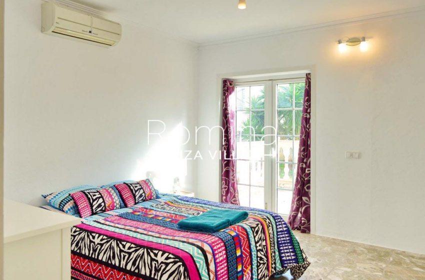 villa elora ibiza-4bedroom2