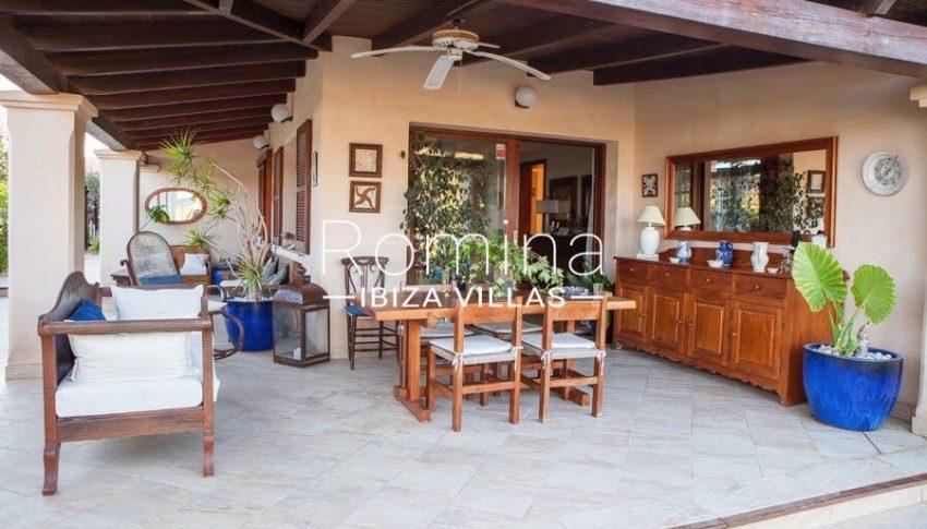 villa nati ibiza-2porch living dining area