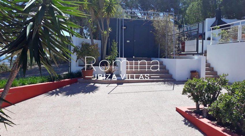 villa suzie ibiza-2entrance