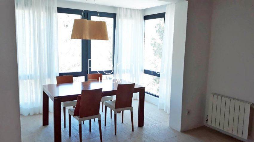 villa suzie ibiza-3zdining room