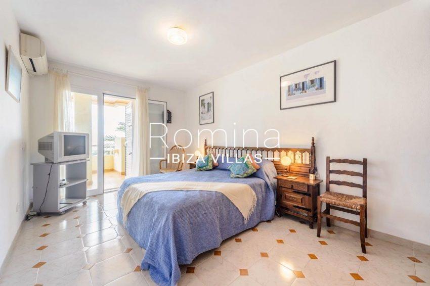 apto tibor ibiza-4master bedroom