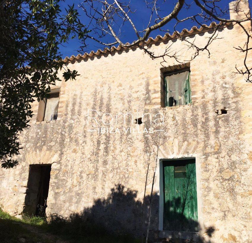 finca albaricoque ibiza-2rear facade