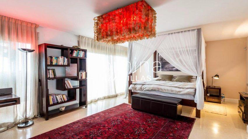 villa ederra ibiza-4bedroom canopy bed