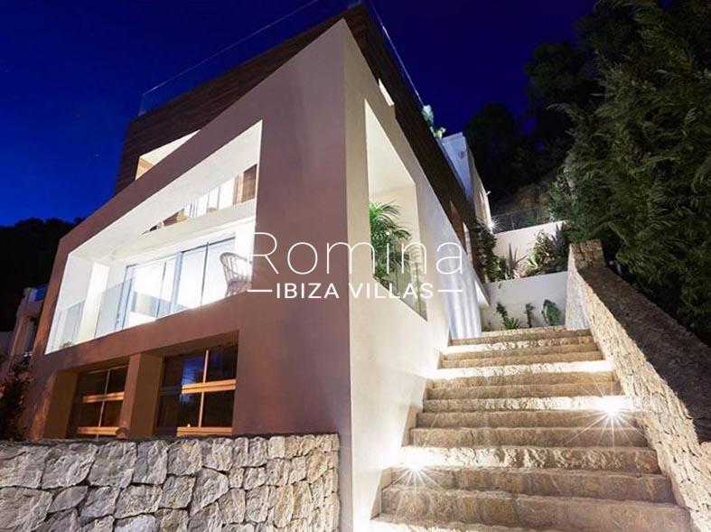 villa mendi ibiza-2facade by night