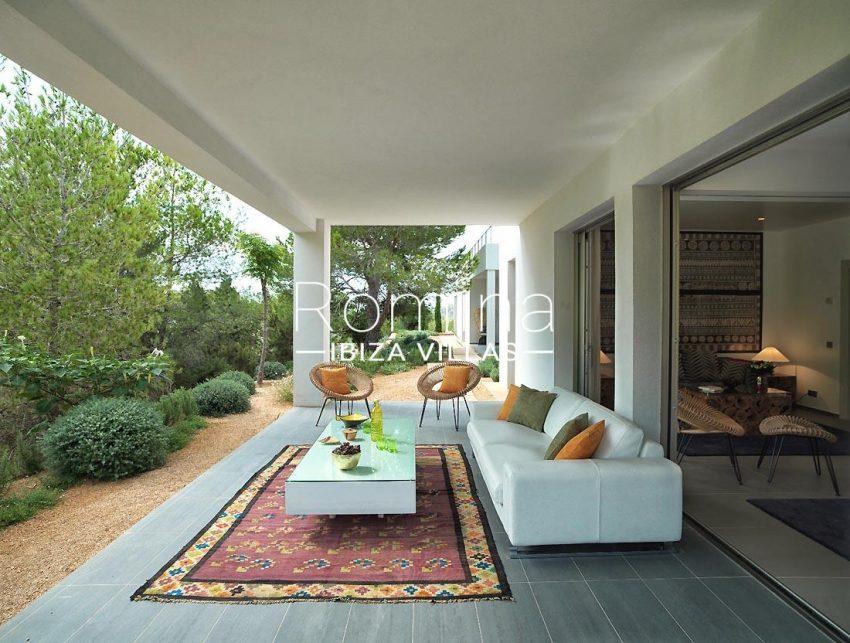 villa nahiko ibiza-2terrace sitting area