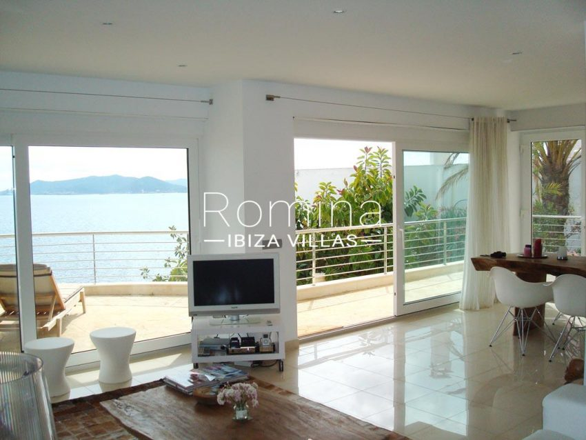 apto vistas mar ibiza-3living dining room