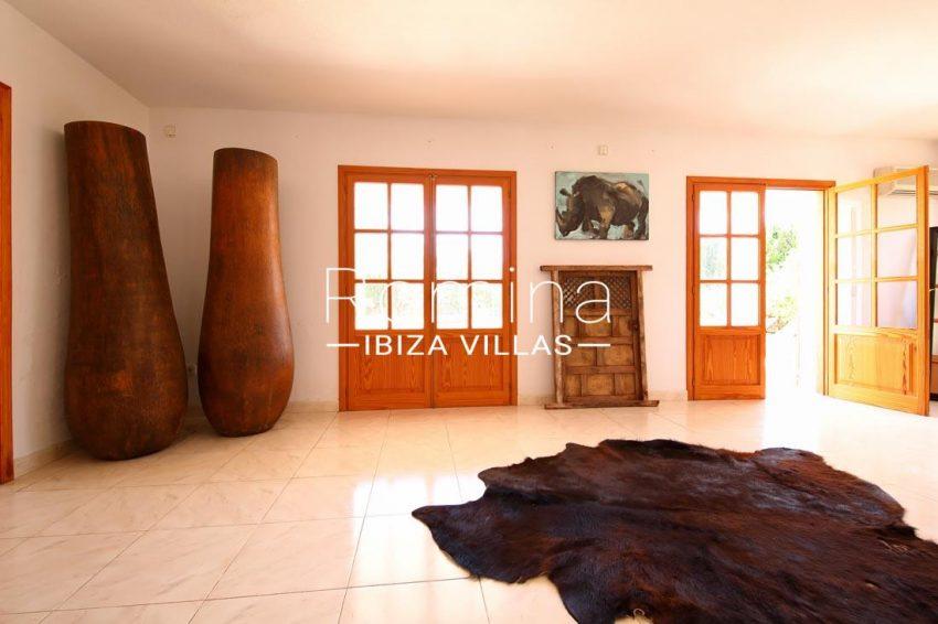 casa bassa ibiza-3living room