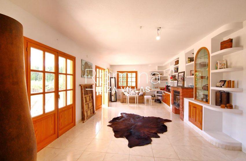 casa bassa ibiza-3living room3