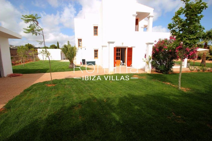 casa basso ibiza-house garden