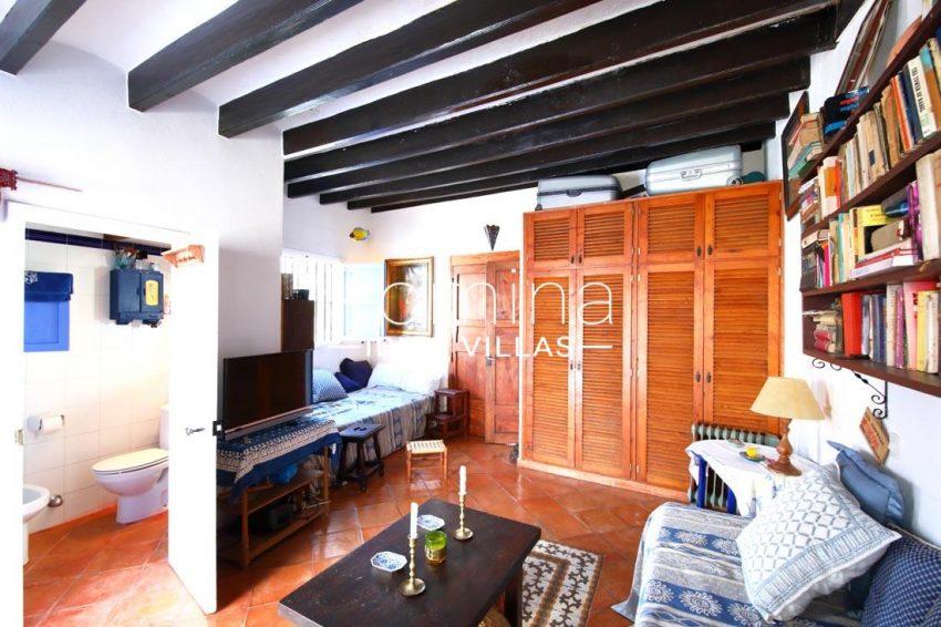 casa luz ibiza-3living room en suite bathroom