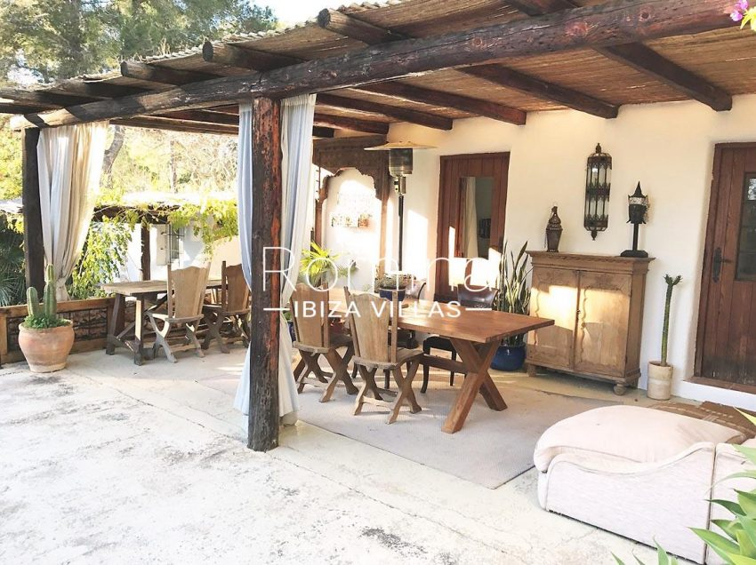 finca lina ibiza-2porch dining area
