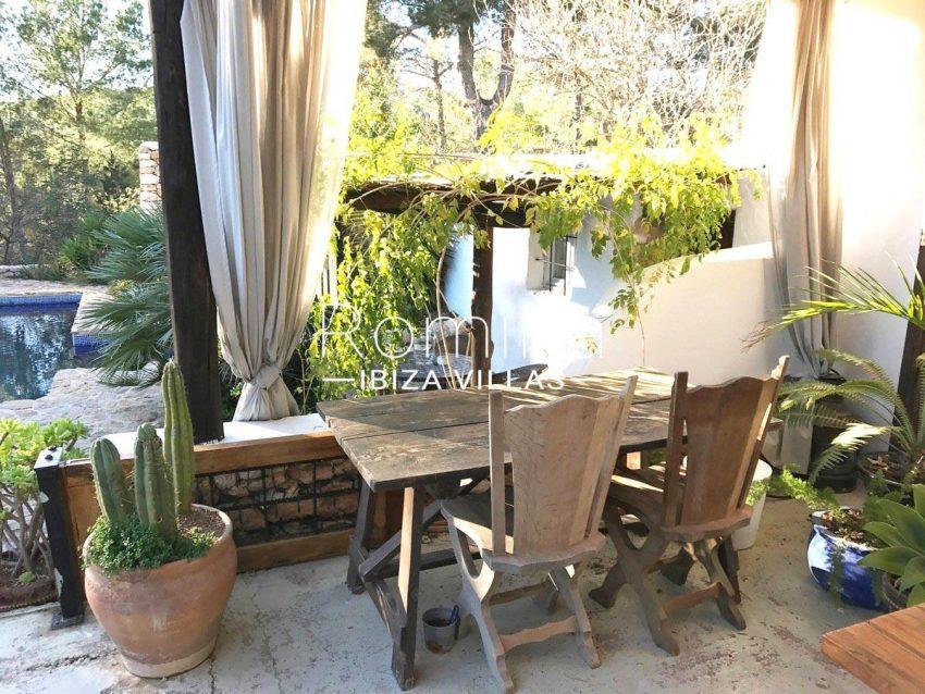 finca lina ibiza-2porch dininga area2