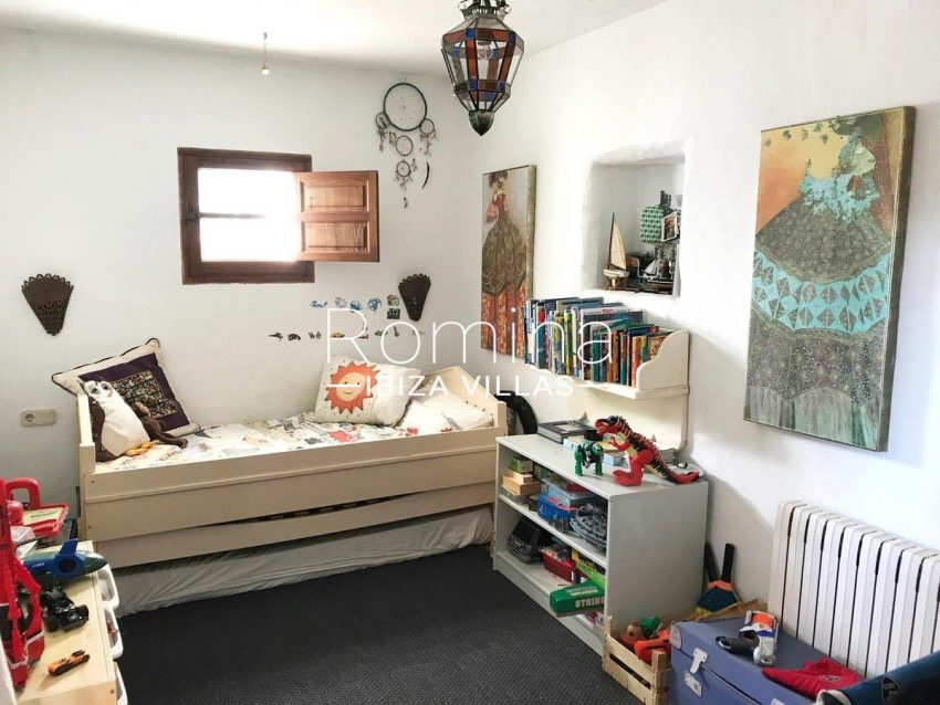 finca lina ibiza-4bedroom kid