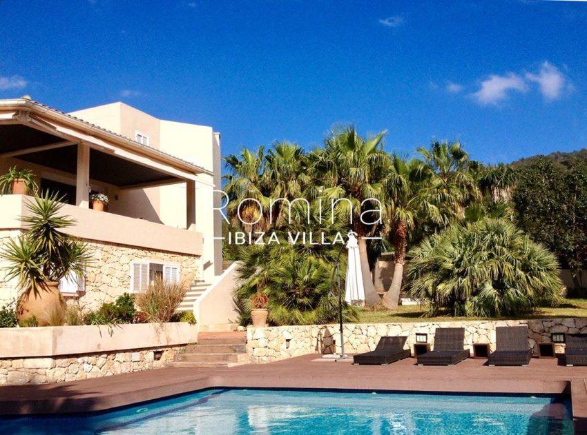 villa handia ibiza-2pool facade trees