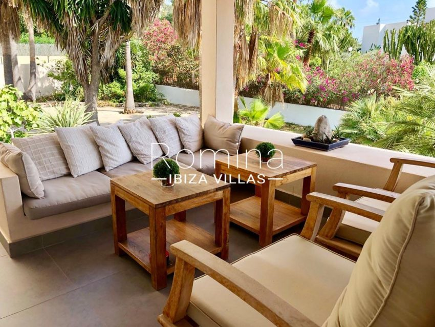 villa handia ibiza-2terrace sofas sitting area