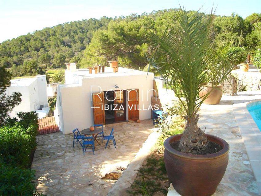 villa zaldi ibiza-2pool guest house