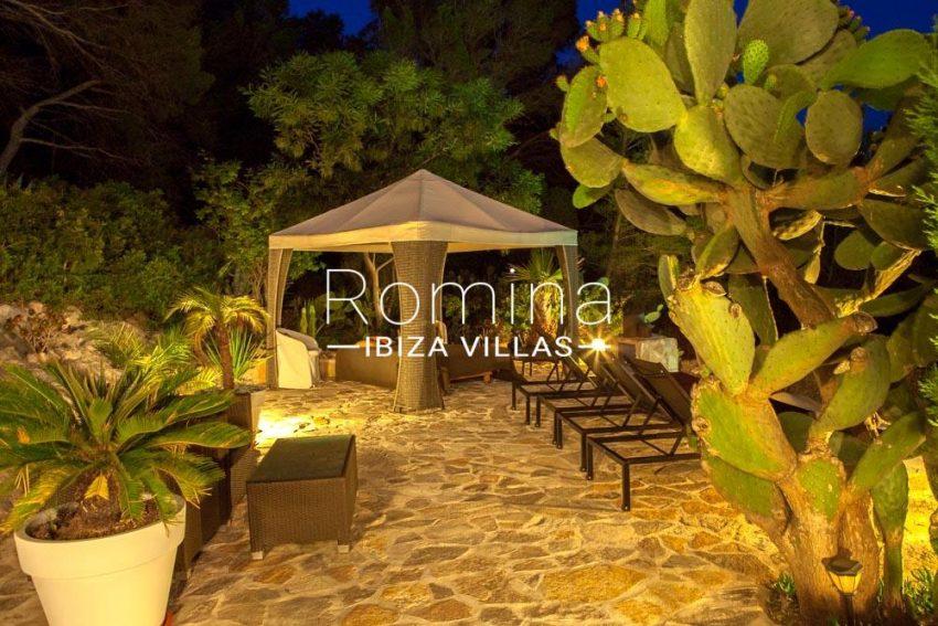 villa zaldi ibiza-2terrace chill out night
