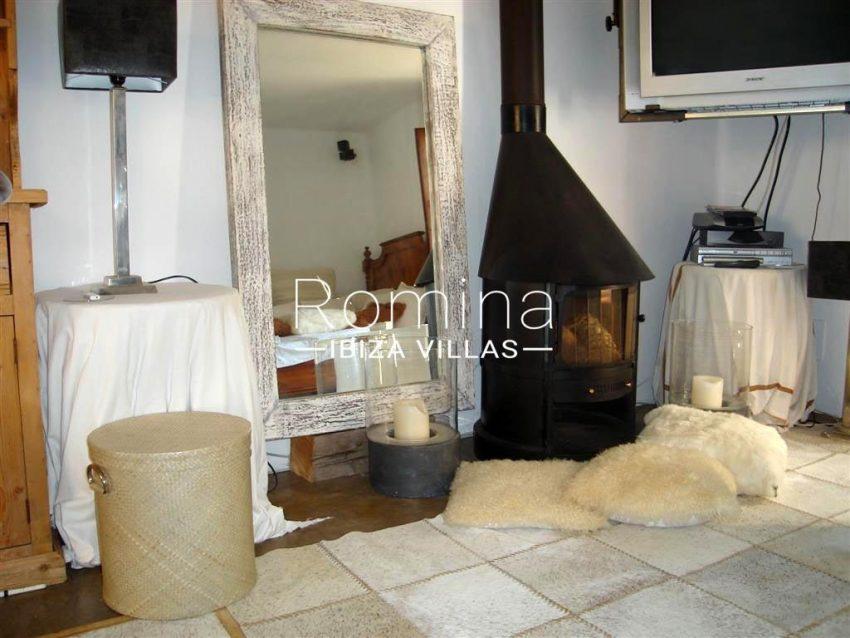 villa zaldi ibiza-3living room guest house2