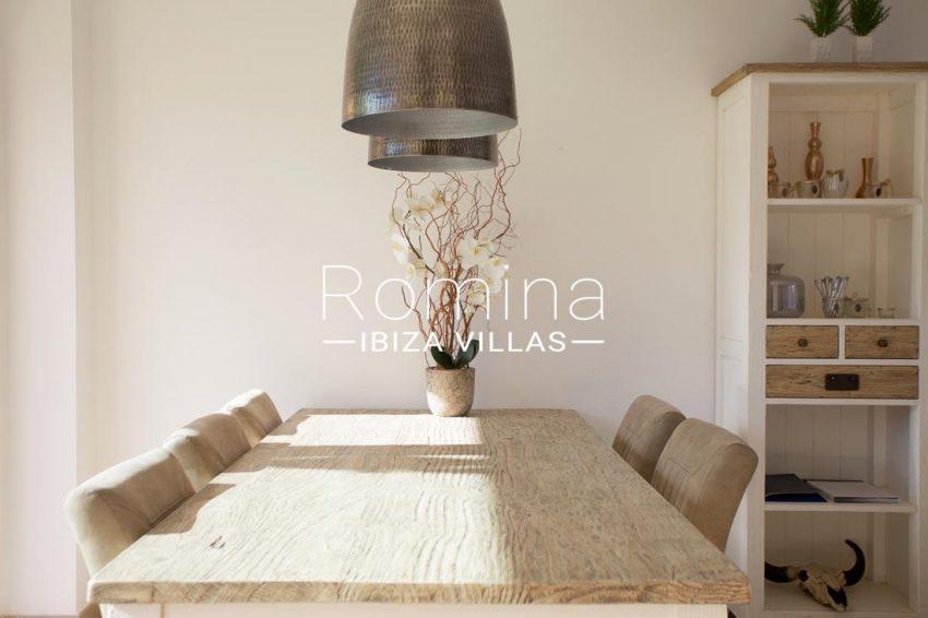 adosados cala tarida-3dining table