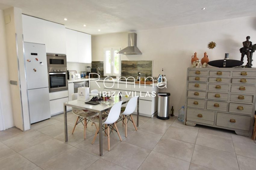 apto ganda ibiza-3dining area kitchen2