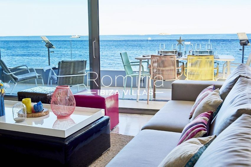 apto playa mar ibiza-1living room sea view
