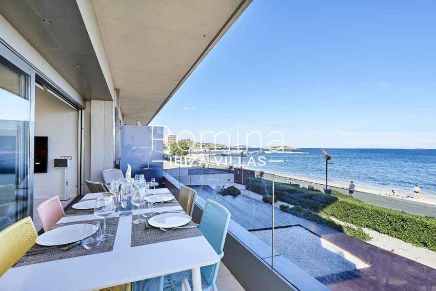 apto playa mar ibiza-1terrace dining area sea view