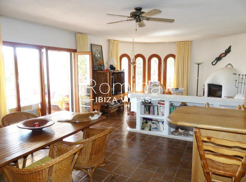 casa heki ibiza-3zdining area living room