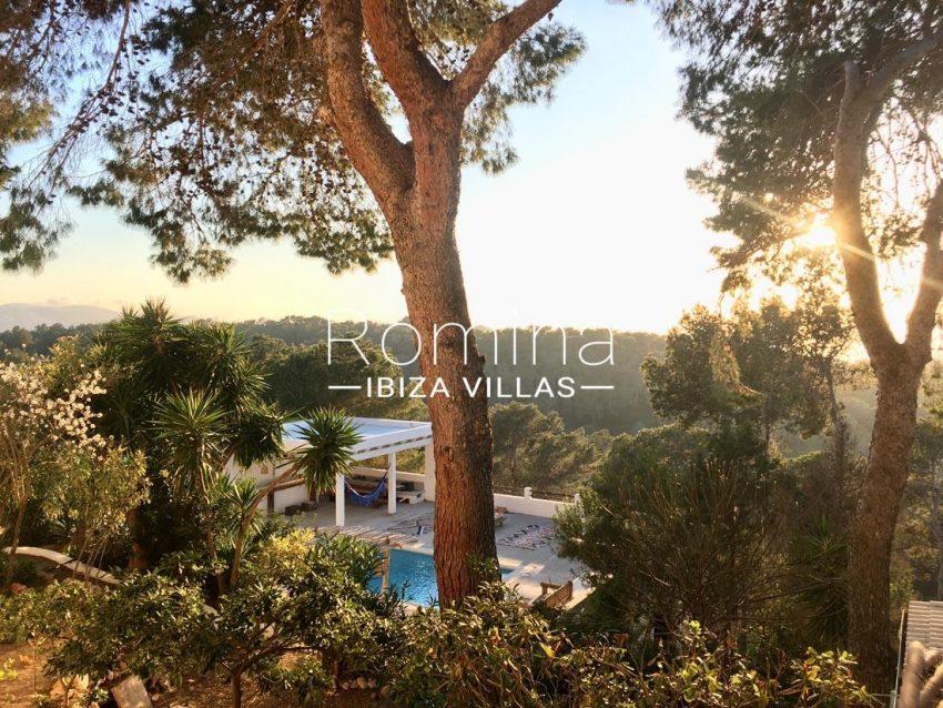 villa mar ibiza-2pool chill out garden