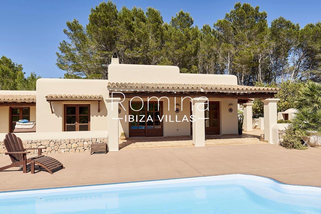 Casa villa con 3 habitaci nes en can furnet ibiza en venta for Ciudad jardin ibiza