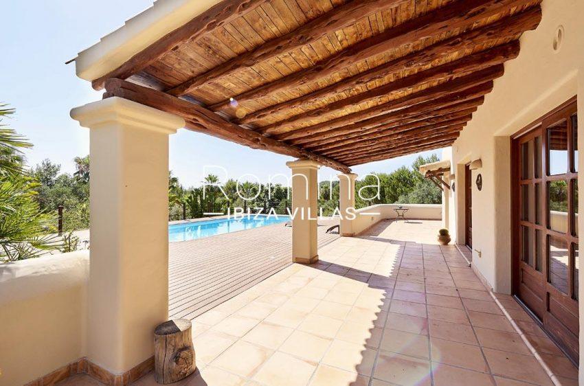 villa samani ibiza-2porch terrace pool