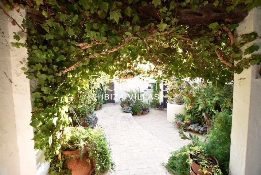 casa hiedra ibiza-2porch terrace