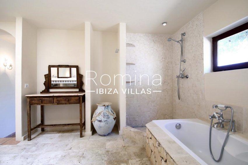casa salinas ibiza-5bathroom shower