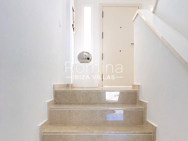 duplex elua ibiza-3entrance door stairs