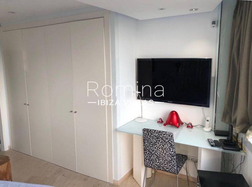 loft ibiza-4desk bedroom