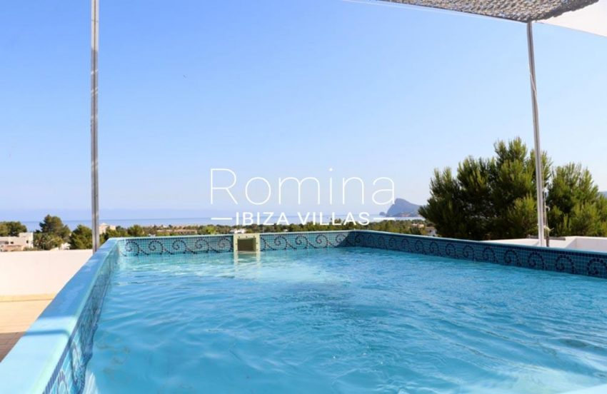 romina-ibiza-villa-re-386-82-villa-blanca-1pool sea view