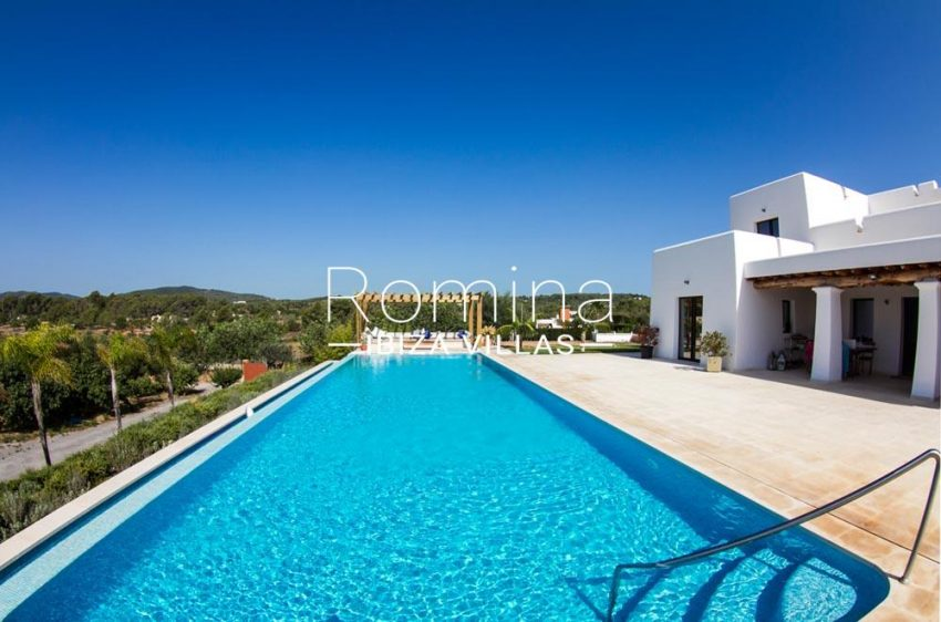 villa hegan ibiza s-2pool chill out2