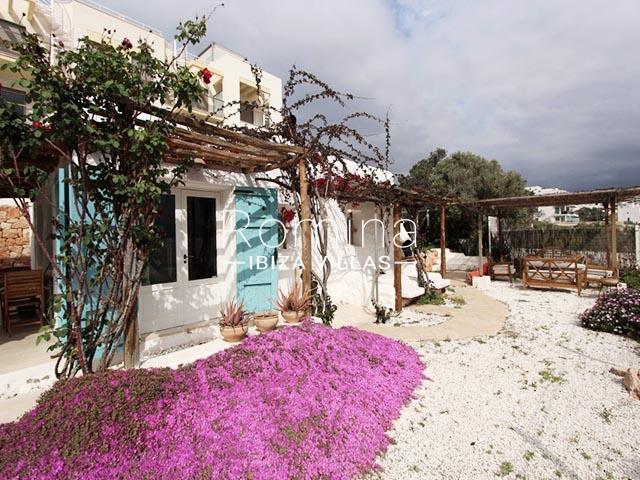 villa sonder ibiza-2terrace pergola