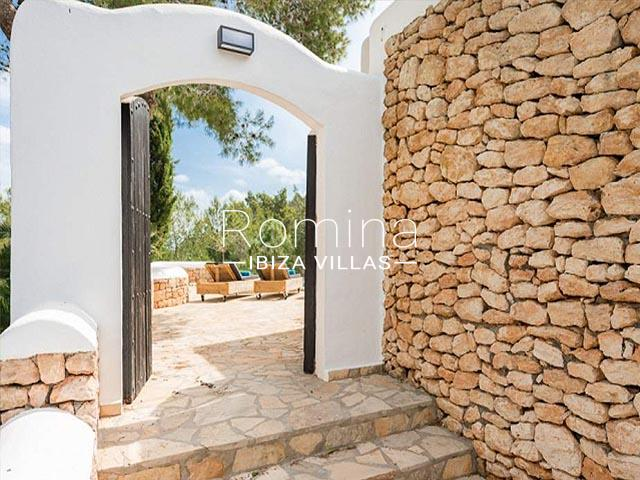 villa tara ibiza-2outdoor wooden gate
