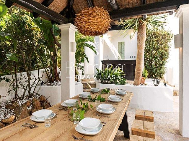 villa tara ibiza-2pergola dining area2