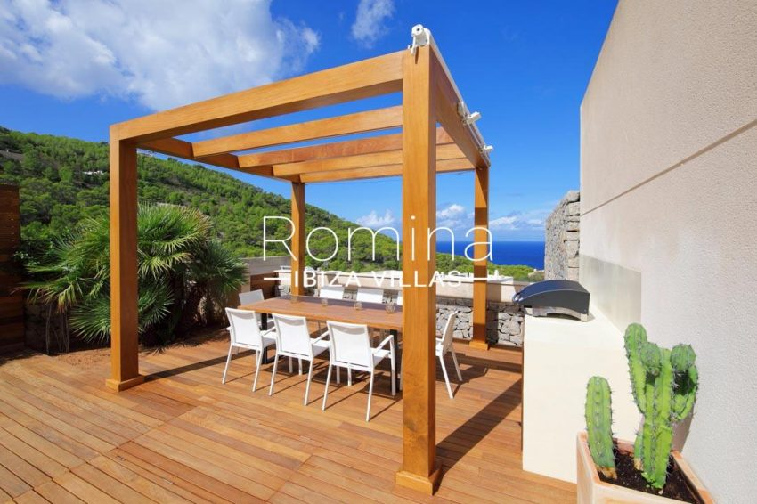 adosado dragon ibiza-1pergola dining table sea view2