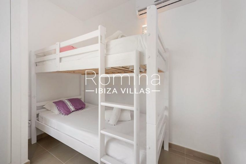 adosado sunset ibiza-4bedroom bunk beds