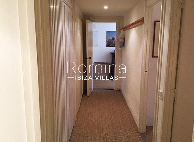 apartamento itsas-3corridor