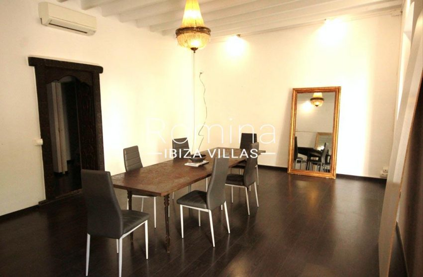apto plaza ibiza-3dining room