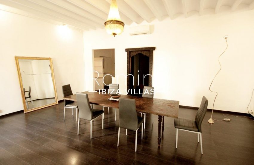 apto plaza ibiza-3dining room2